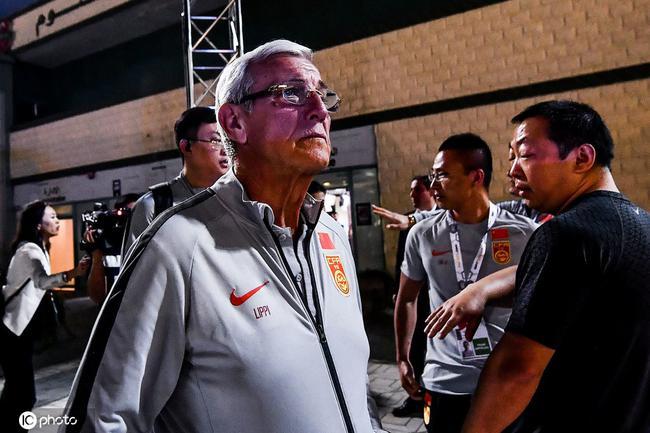 里皮:希望我的执教能帮到中国 我会为中国队欢呼