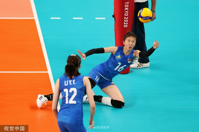 直击-中国21-25丢掉第三局 汤普森34分居功至伟-第1张图片-爱博体育