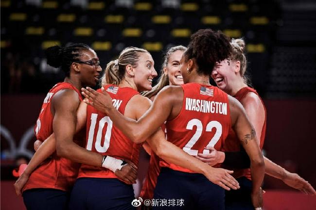 美国女排折将3-2意大利夺第4胜 埃格努28分难救主