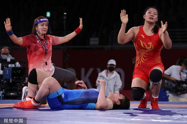 绝对优势战胜日本强敌 周倩夺摔跤76公斤铜牌