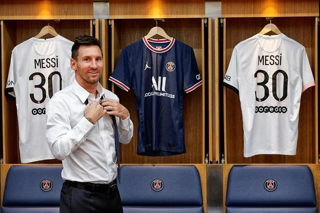 梅西:选30号因想要重新开始 很高兴和内马尔踢球!