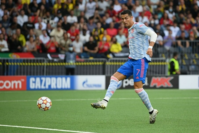 C罗莱万欧冠客场进球位居前三 梅西落后C罗13球!