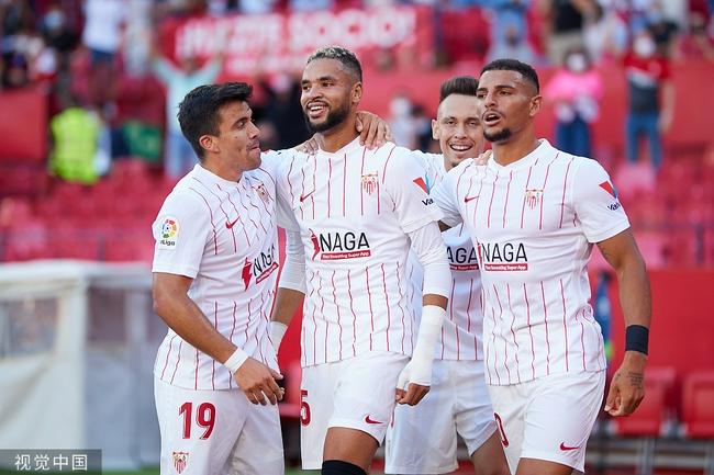 西甲-恩内斯里破门 10人塞维利亚2-0胜西班牙人