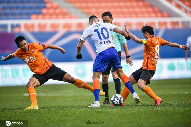 足协杯-德尔加多进球 泰山队总分3-0武汉进四强