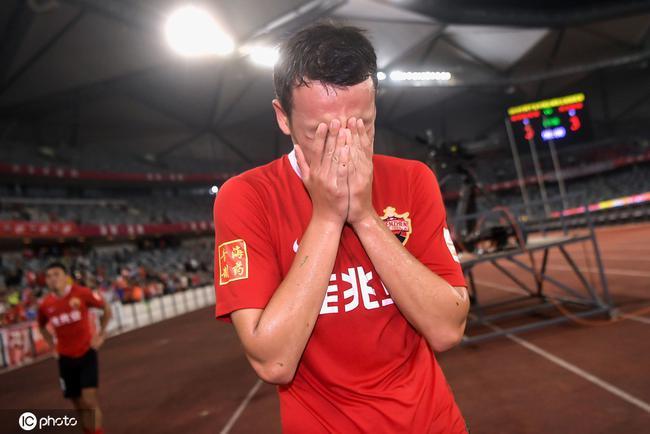 悲喜两重天 深足去年狂喜今日大悲 这就是足球