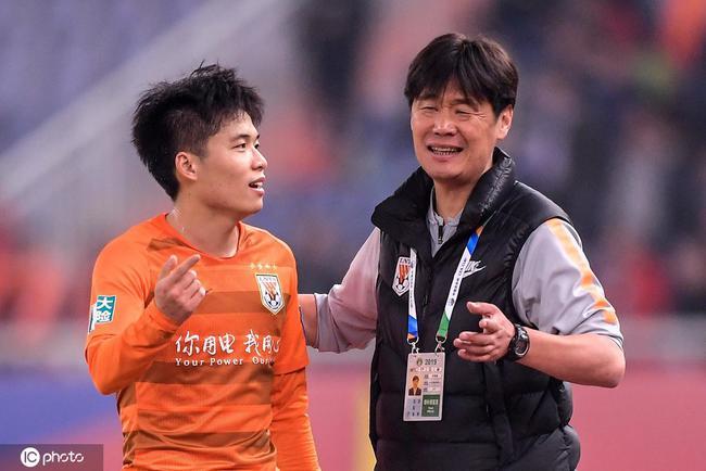 李霄鹏:用这段时间提高球员能力 段刘愚国家队水平