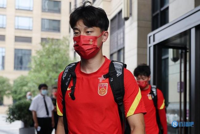 巴顿:回国感觉空气都是香的 想与天津津门虎踢足协杯!