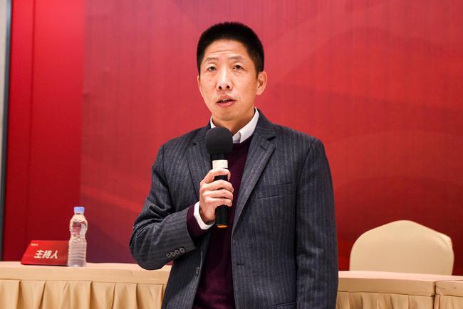 上港首度回应为何更名为海港:徐根宝附和 了解球迷