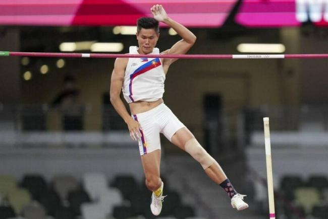 5米91! 菲律宾猛将创造男子撑竿跳室外亚洲纪录