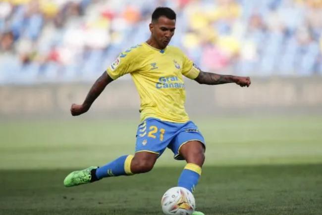前国安外援比埃拉完成本赛季西乙首秀