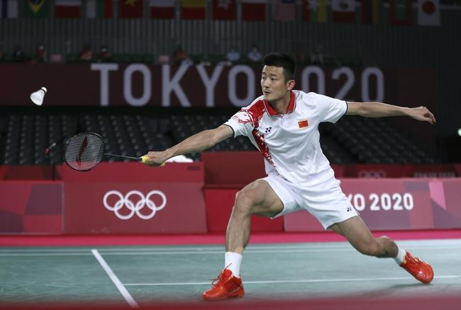 张军:谌龙脚底血泡的确影响了发挥 但他始终没有放弃比赛!