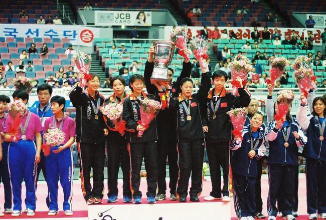 2001年第46届大阪世乒赛,孙晋获得女团冠军