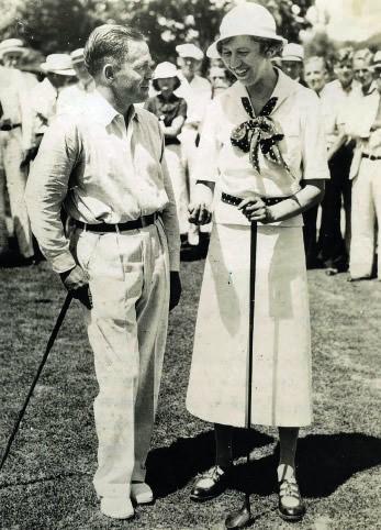 1935年6月18日琼斯和韦泽德在东湖高尔夫俱乐部