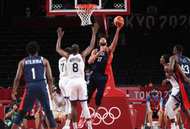 追平队史最佳战绩!法国男篮东京奥运夺银