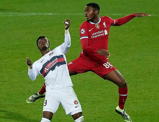 利物浦新星进场创纪录!4比0巴萨那场他仍是球童