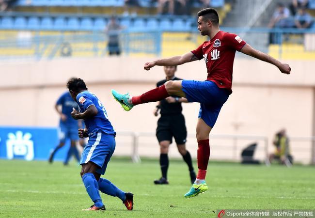 前中超外援:中国足球长时间不正常 球员只为赚钱