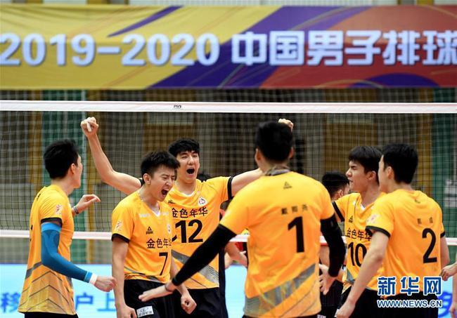 上海男排2-0江苏获排超联赛冠军 摘队史第十六冠