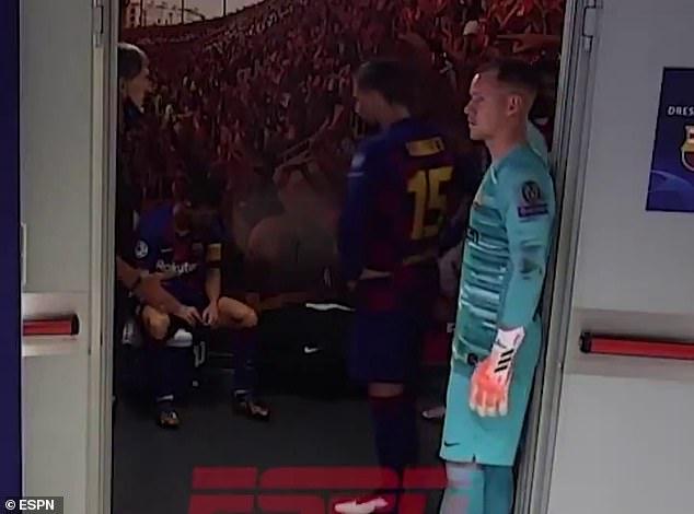 梅西更衣室一段视频曝光 网友:当队长岂能这样!