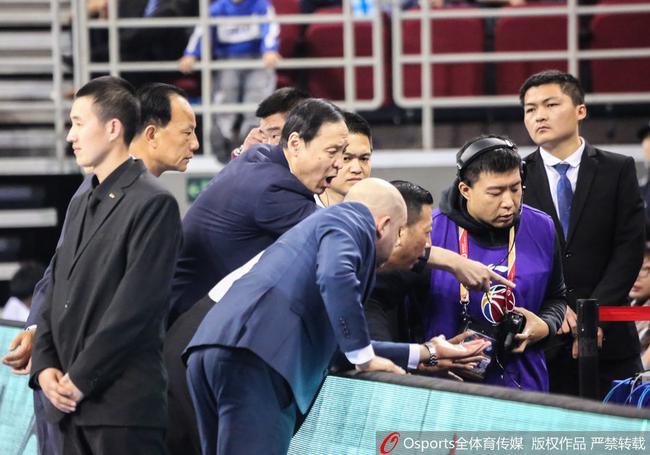 北京北控两队主教练望视频回放