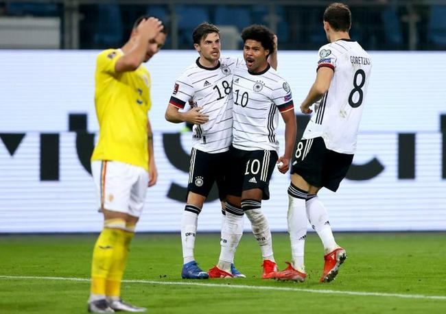 世预赛-格纳布里扳平穆勒绝杀 德国2比1逆转罗马尼亚领跑!