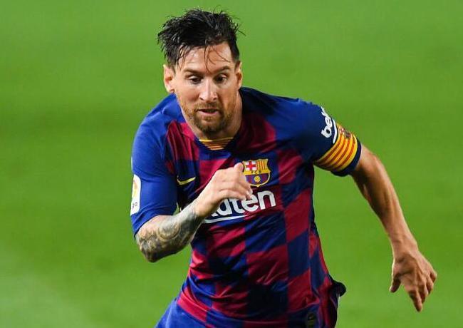 莱万余夫斯基入选德甲最好,梅西c罗仍被视作全球最好