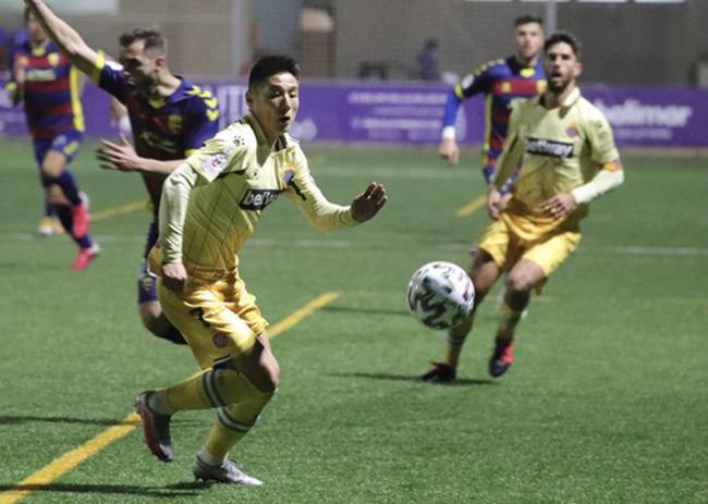 国王杯-武磊首发 西人点球惊魂11打10补时1-0晋级