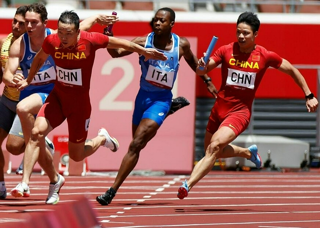 中国接力新阵首秀世界级发挥 决赛再突破大有可为