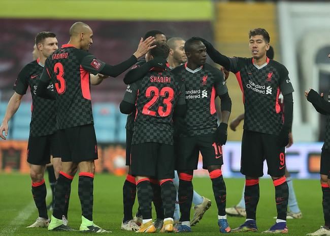 本赛季英超形势失常胶着,从第一名利物浦,到第七名埃弗顿