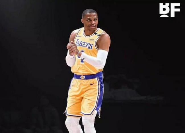 大O:威少上赛季场均三双 应该得到MVP!