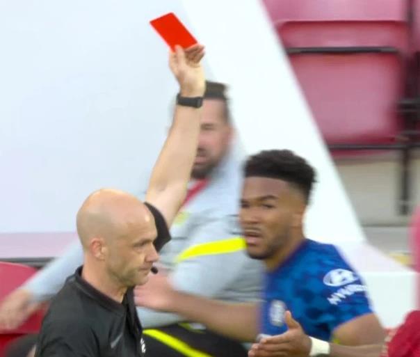 切尔西遭英足总罚款 对利物浦一战蓝军球员失控