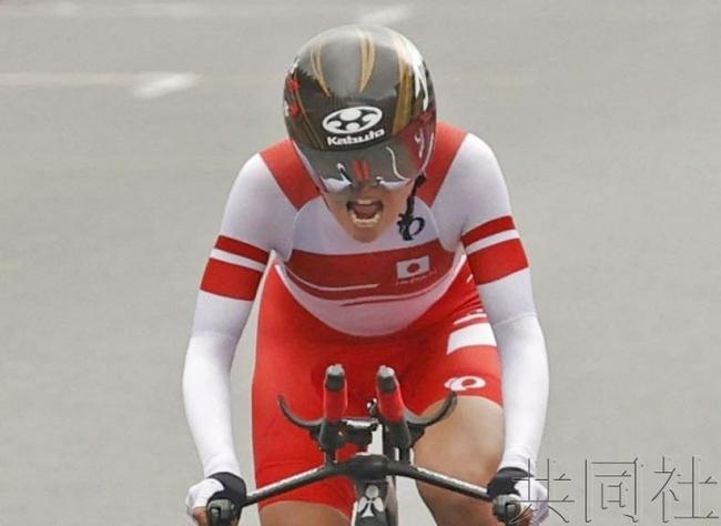 东京残奥会自行车50岁杉浦佳子摘金 成日本最年长冠军!