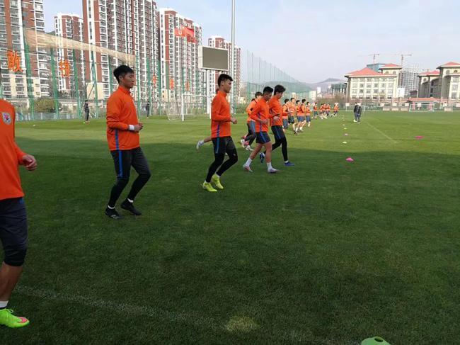 鲁能组织YOYO体侧检验训练成效 外援3月底会合球队