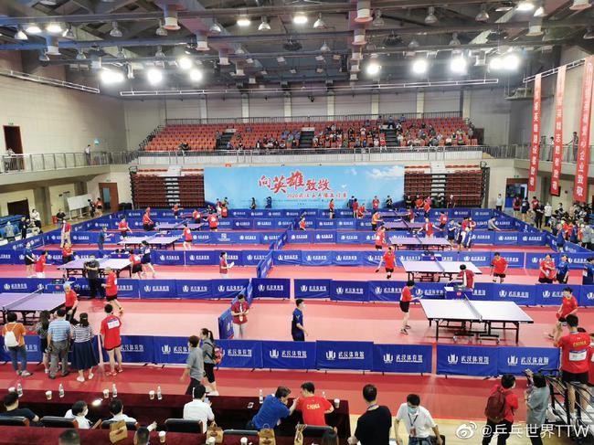 曾经是方舱现在是赛场武汉又见乒乓球比赛