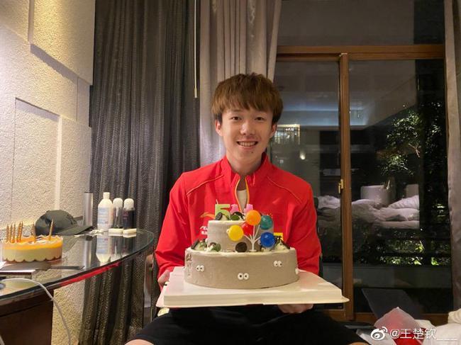 王楚钦21岁生日快乐 不忘初心继续给大家带来惊喜!