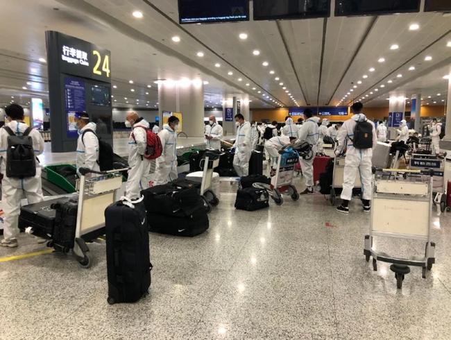 申花队员:双脚踏在浦东机场的地面时 想落泪的感觉