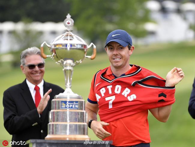 麦克罗伊是添拿大公开赛卫冕冠军