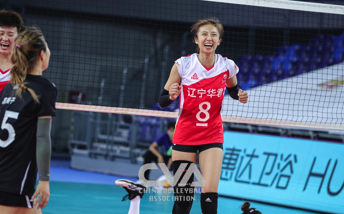 2020年全国女排锦标赛小组赛收官日的比赛在广东江门开战