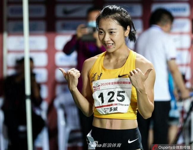 全锦赛女子百米葛曼棋夺冠 创造今年亚洲最佳战绩