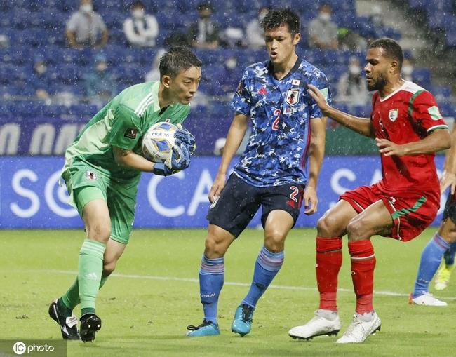 12强赛-冷门!日本0-1阿曼 开门黑88分钟惨遭绝杀