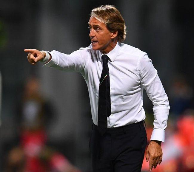 意大利30分钟4球+37场不败纪录 曼奇尼任内进球史上第3