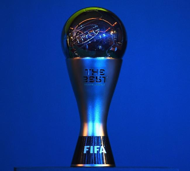 FIFA年度最佳球员11人候选:莱万梅西C罗领衔
