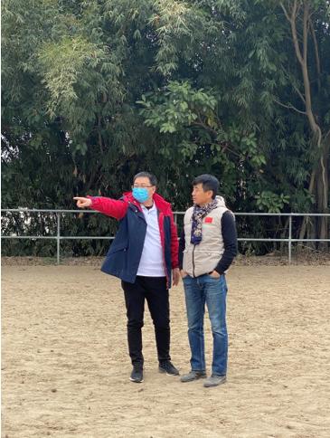 (右一 ——上海马尚文化传播有限公司的总经理白继峰老师)