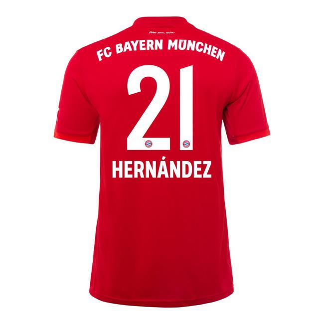 拜仁公布三大新援号码 队史标王身披21号战袍