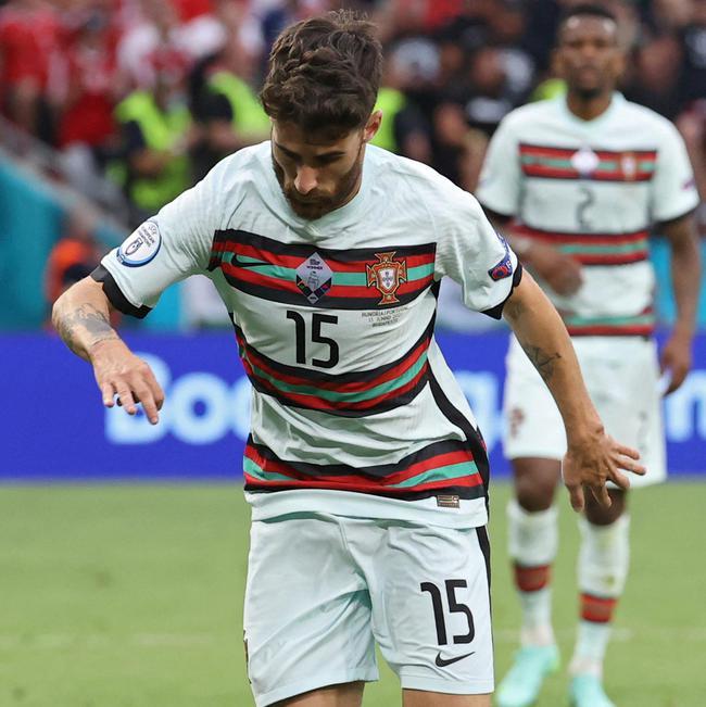 上场20分钟参与3球  葡萄牙平民球员作用不亚C罗