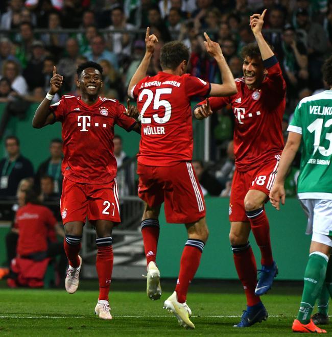 德杯-莱万2球穆勒破门 拜仁连丢2球后绝杀进决赛