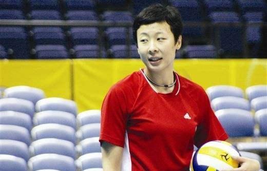 冯坤盛赞朱婷:她的成功源自于天分和刻苦训练