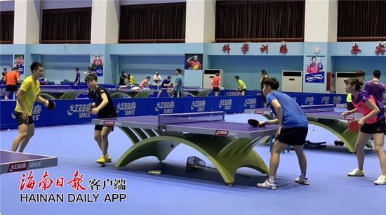 國家乒乓球隊首次抵海南冬訓 將訓練10天左右