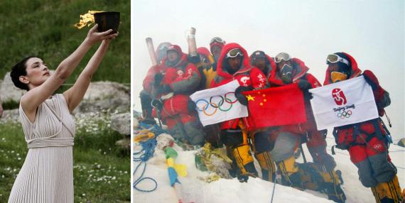 左图为2008年3月24日、北京奥运会圣火取火典礼在希腊奥林匹亚举行、最高女祭司举起火种罐、右图为2008年5月8日、爬山队员在珠穆朗玛峰峰顶展现中国国旗、奥运五环旗和北京奥运会会徽旗、新华社发