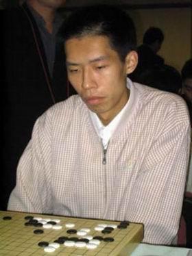 夺得做事比赛冠军的业余棋手 刘钧