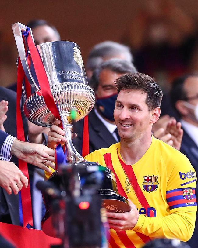 巴萨主席确信梅西会留下 阿根廷巨星一句话意味深长